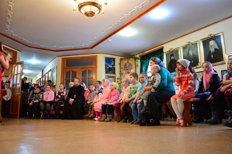 Пасхальный концерт состоялся в Воскресной школе собора Святой Троицы