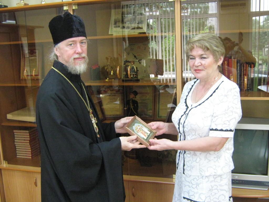 Состоялась встреча и знакомство нового настоятеля прихода Царственных мучеников г. Ижевска протоиерея Сергия Шермана с Главой Индустриального района г. Ижевска