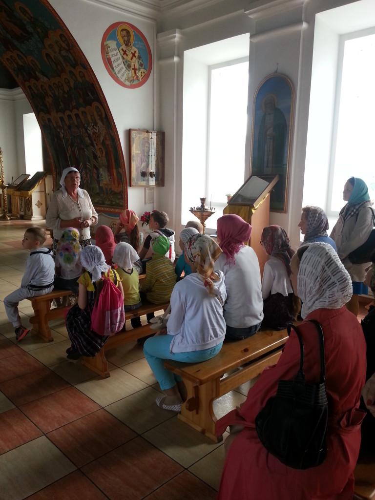 Воскресные школы двух храмов святителя Николая провели совместное занятие