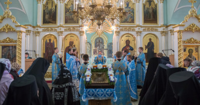 Правящий архиерей совершил Литургию в Успенском женском монастыре с. Перевозное