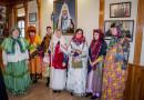 Певчие из Троицкого собора поздравили митрополита Викторина с Рождеством Христовым
