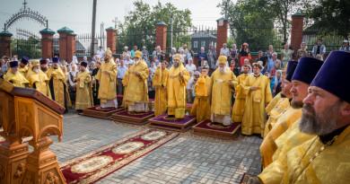 В Сарапул доставили чудотворную икону Николы Закамского