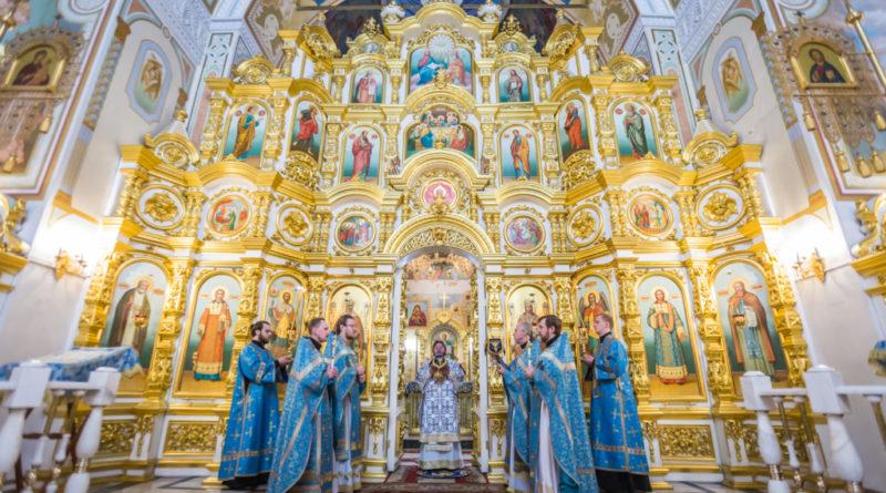 Архиерейское служение в праздник Сретения Господня