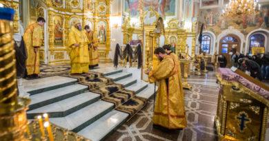 Митрополит Викторин призвал верующих в пост посетить выставку «Спаси и сохрани»