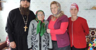 """В Якшур-Бодьинском благочинии прошла благотворительная акция """"Пасха в каждом доме""""."""