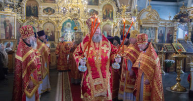В светлый четверг правящий архиерей посетил Преображенский храм г. Воткинска