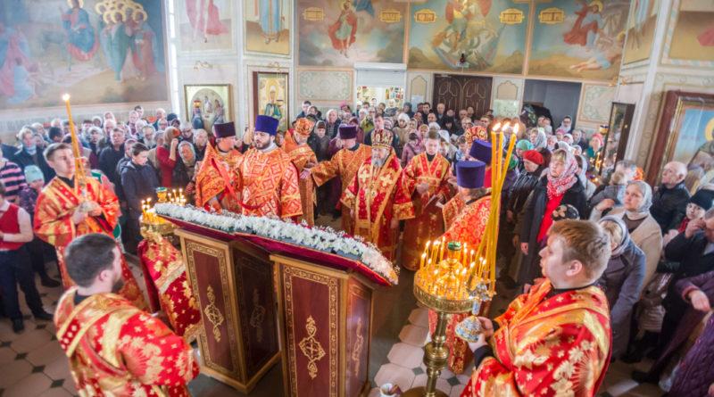 Митр. Викторин возглавил престольные торжества в Георгиевском храме г. Воткинска