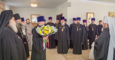 Митрополит Викторин принял поздравления с юбилеем