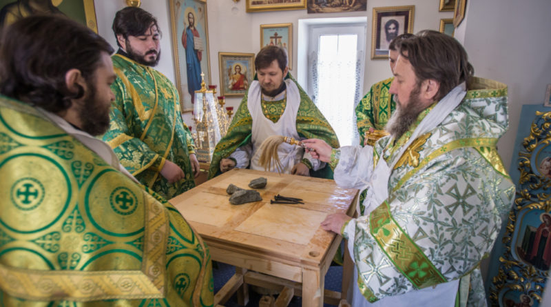 Совершено великое освящение храма блж. Ксении Петербургской п. Ува