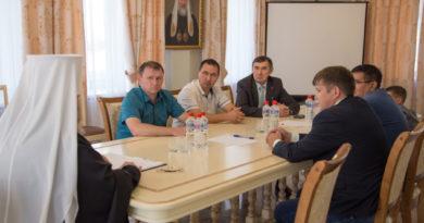 Митрополит Викторин встретился с руководством Вавожского района