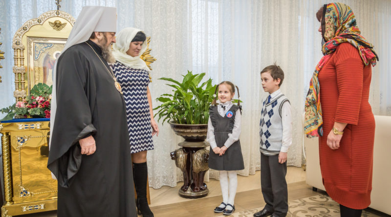 ¬¬¬Митрополит Викторин встретился с учителями и учащимися школы № 93 г. Ижевска