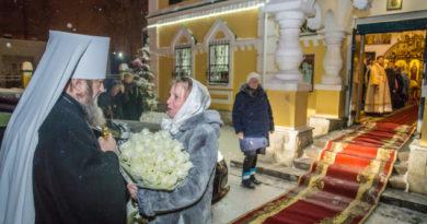 Правящий архиерей посетил храм свв. Царственных мучеников г. Ижевска