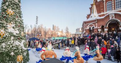 В праздник Рождества в кафедральном соборе прошли гуляния и детский концерт