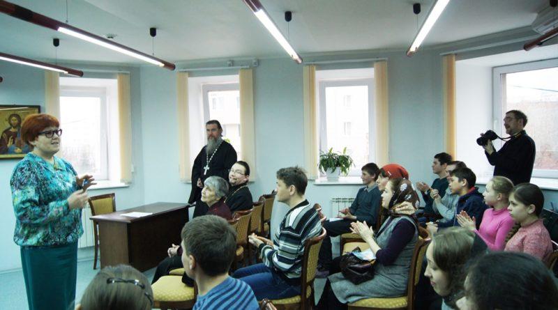 Приглашаем всех желающих получить высшее теологическое образование