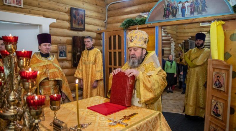 Митр. Викторин посетил приход в селе Каменное