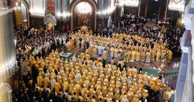 Богослужение в годовщину интронизации Святейшего Патриарха Кирилла