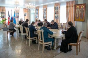 В епархиальном управлении состоялись встречи, посвященные празднованию Вербного воскресения и Пасхи