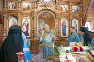 Престольные торжества прошли в храме Тихвинской иконы Божией Матери ур. Паздеры