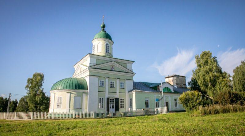 Состоялось освящение Свято-Троицкого храма с. Бемыж