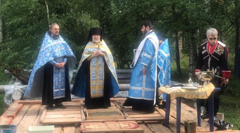 В Воткинском районе состоялась закладка камня в основание храма