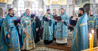 Архипастырское служение в праздник Иверской иконы Божией Матери