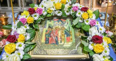 Служение архипастыря в праздник Введения во Храм Пресвятой Богородицы