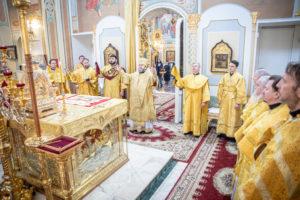 В годовщину епископской хиротонии митр. Викторин совершил литургию в кафедральном соборе