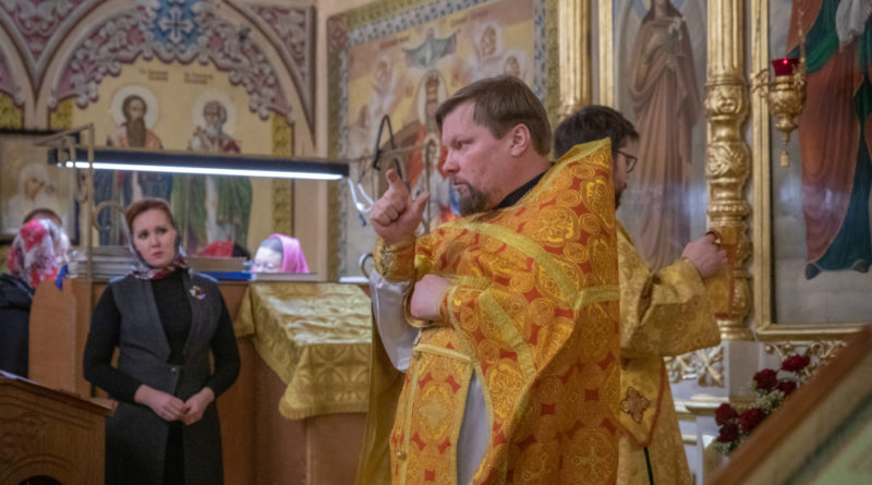 В Ижевске прошло богослужение с сурдопереводом