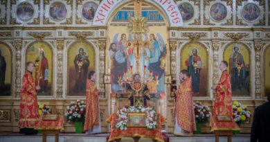 собор Невского светлый понедельник