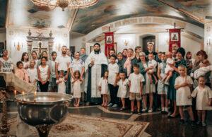 В кафедральном соборе прошло благотворительное крещение